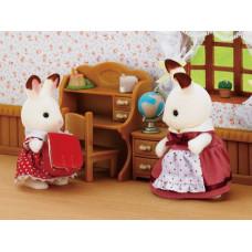 Sylvanian Families Chocolate Rabbit Sister and Desk Set